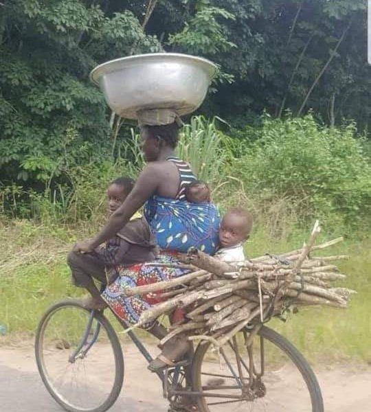 Who is a worker? mubeleki? mukakuzata? mukakupanga? mubelesi? Umubonfi…?